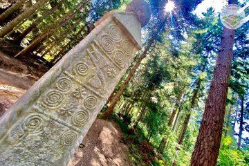 Obelisk kod Olova