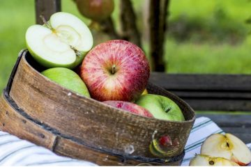 Ukoliko želite brzi gubitak tjelesne težine ne koristite restriktivne mjere. Trebate uvećati unos vlakana, voća, povrća i biljnih čajeva.